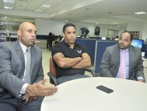 Ex peloteros dominicanos se unen para crear conciencia en nuevos talentos del béisbol