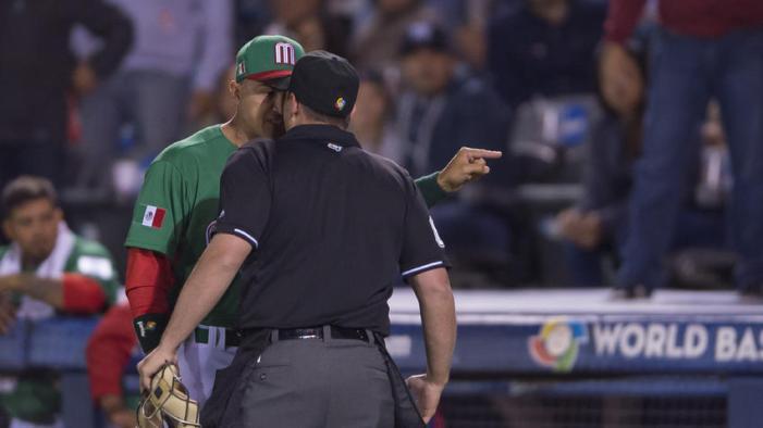 Tras ridículo de autoridades, México fue echado del Clásico Mundial