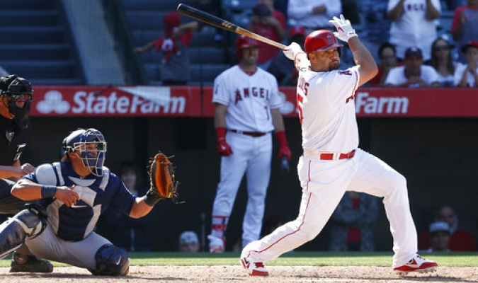 Pujols lidera reacción de Angelinos para vencer a Seattle