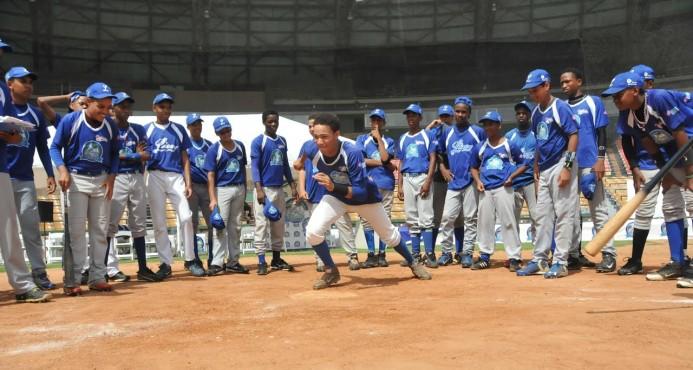 Campamento de béisbol del Licey inicia el próximo lunes