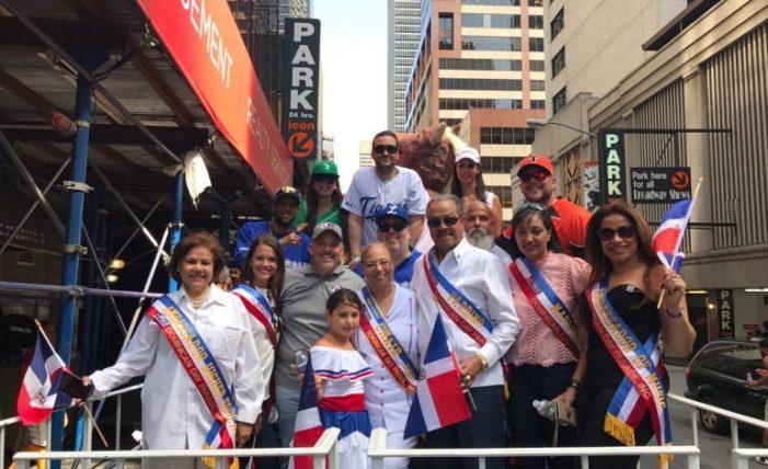 LIDOM y DR Sports agotan agenda de promoción y participan en Parada Dominicana en NY