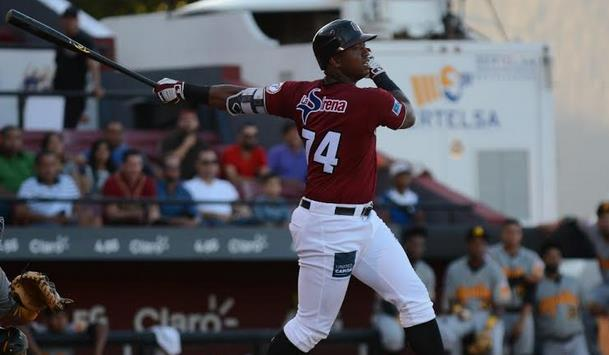 Estrellas y los Gigantes logran victorias el sábado en el béisbol dominicano