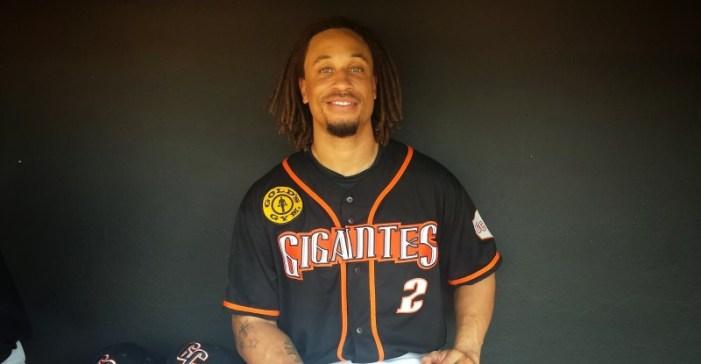 Angelinos logran acuerdo con el utility Dominicano Emmanuel Burriss