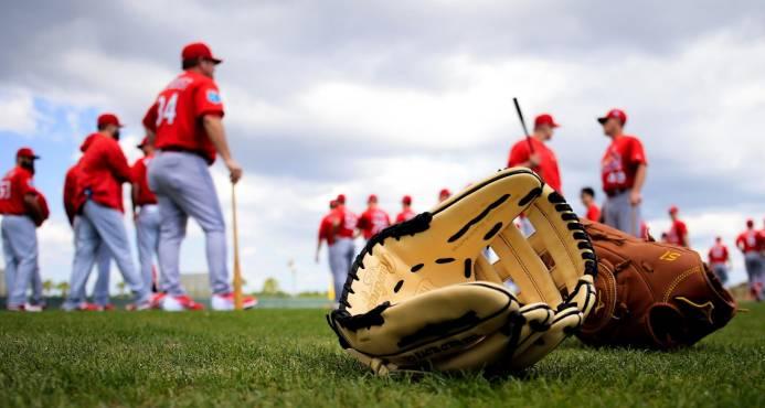 Invasión dominicana a los campos de entrenamientos MLB con 210 jugadores