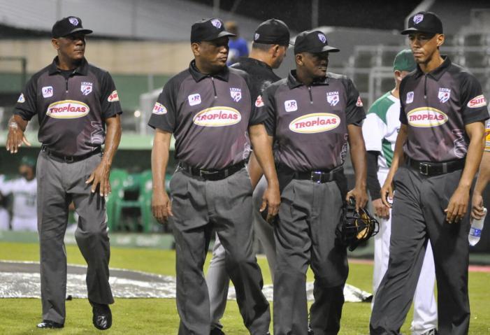 Lidom aprueba la contratación de árbitros importados y aumenta el número de refuerzos.
