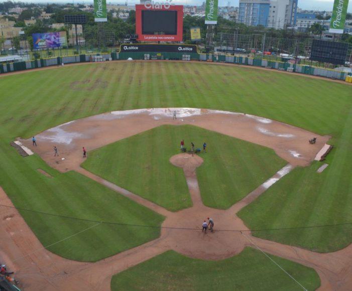 Se trabaja a todo dar en preparación del Quisqueya inicio torneo béisbol