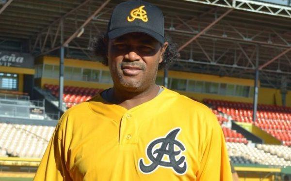 Águilas nombra a Tony Batista como asistente especial de Manny Acta