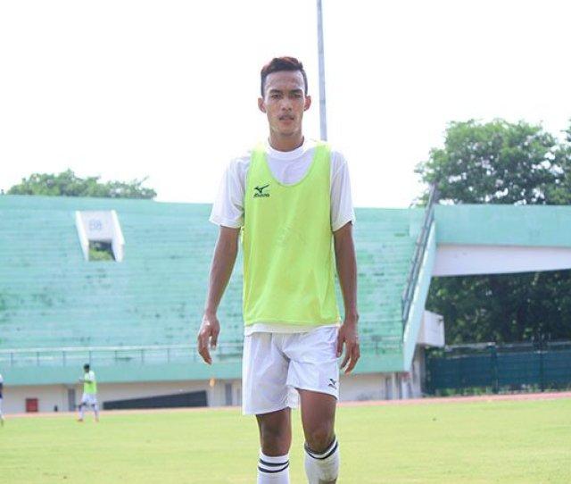 Semen Padang Dilema Mencari Pemain Muda Untuk Liga  Liga