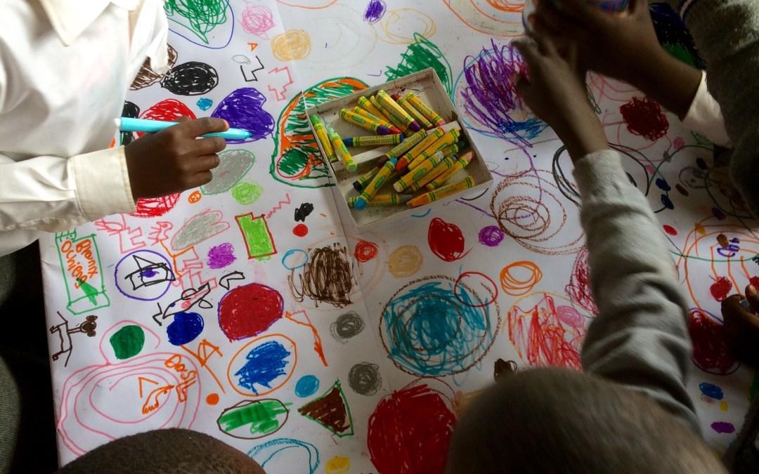 Circle Painting in Kibera, Nairobi (Kenya)