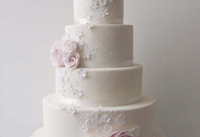 Cameron Rose Wedding Cake