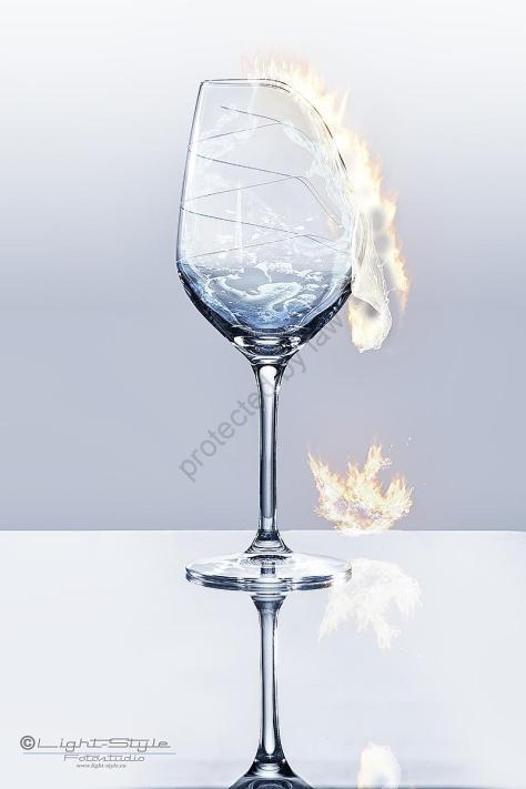 kreative Fotografie, Photoshop, Feuer, Produktfotos, brennendes Glas, Kreativ aus Verzweiflung ;-), Fotostudio Light-Style`s Blog