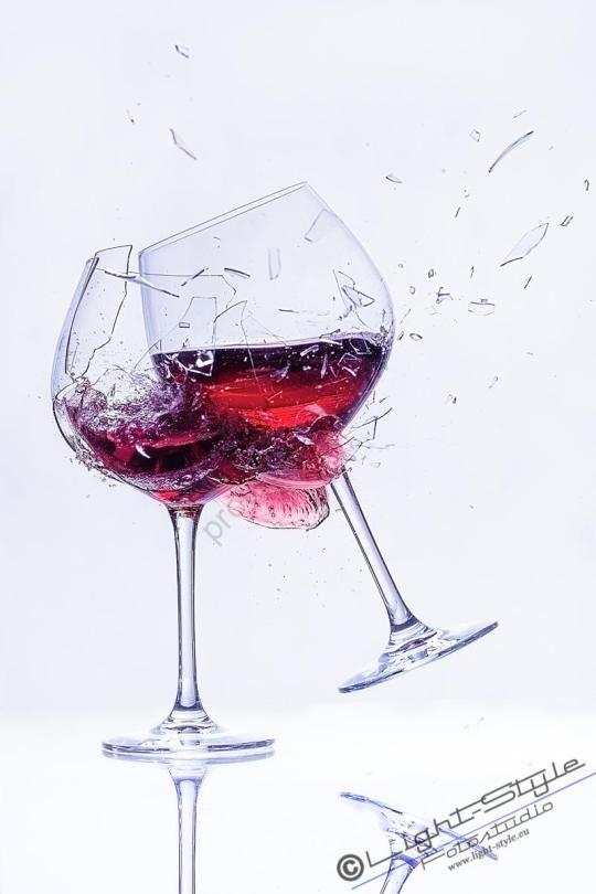 springendes Glas 3 - springendes Glas--3 - allgemein -