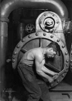 Photo by Lewis Hine, 1920.