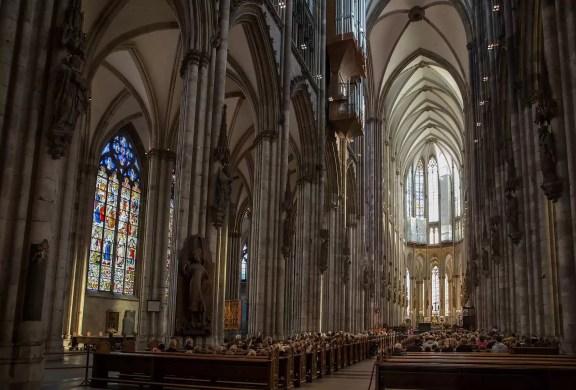 Mass in the Köln Dom.