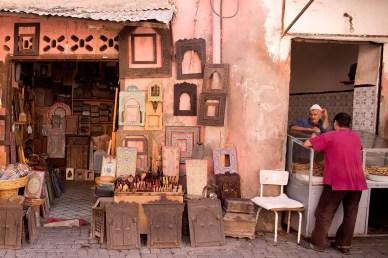 marrakech-frame-vendor