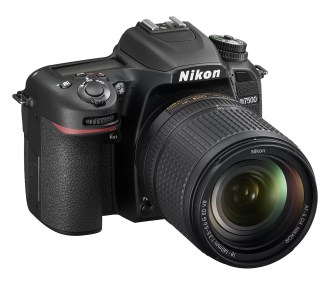 D7500_18_140_front34r.high