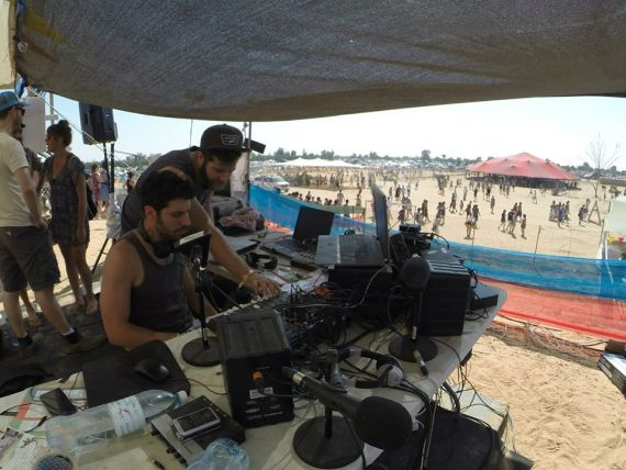 Uri Zer Aviv at KZradio indienegev 2014