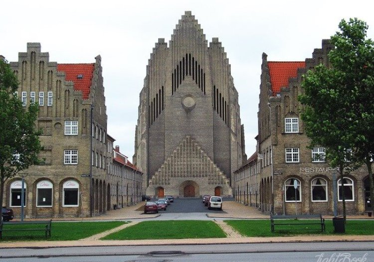 The Most Beautiful and Unusual Churches In The World-14