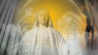قصيدة الأمومة لقداسة البابا شنودة الثالث - بصوت موناليزا