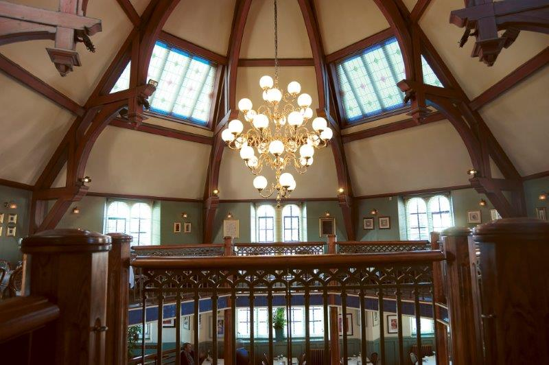 long drop stairwell lighting