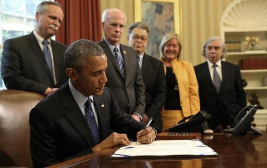President Obama signs the Energy Efficiency Improvement Act of 2015. Image courtesy of the Alliance to Save Energy