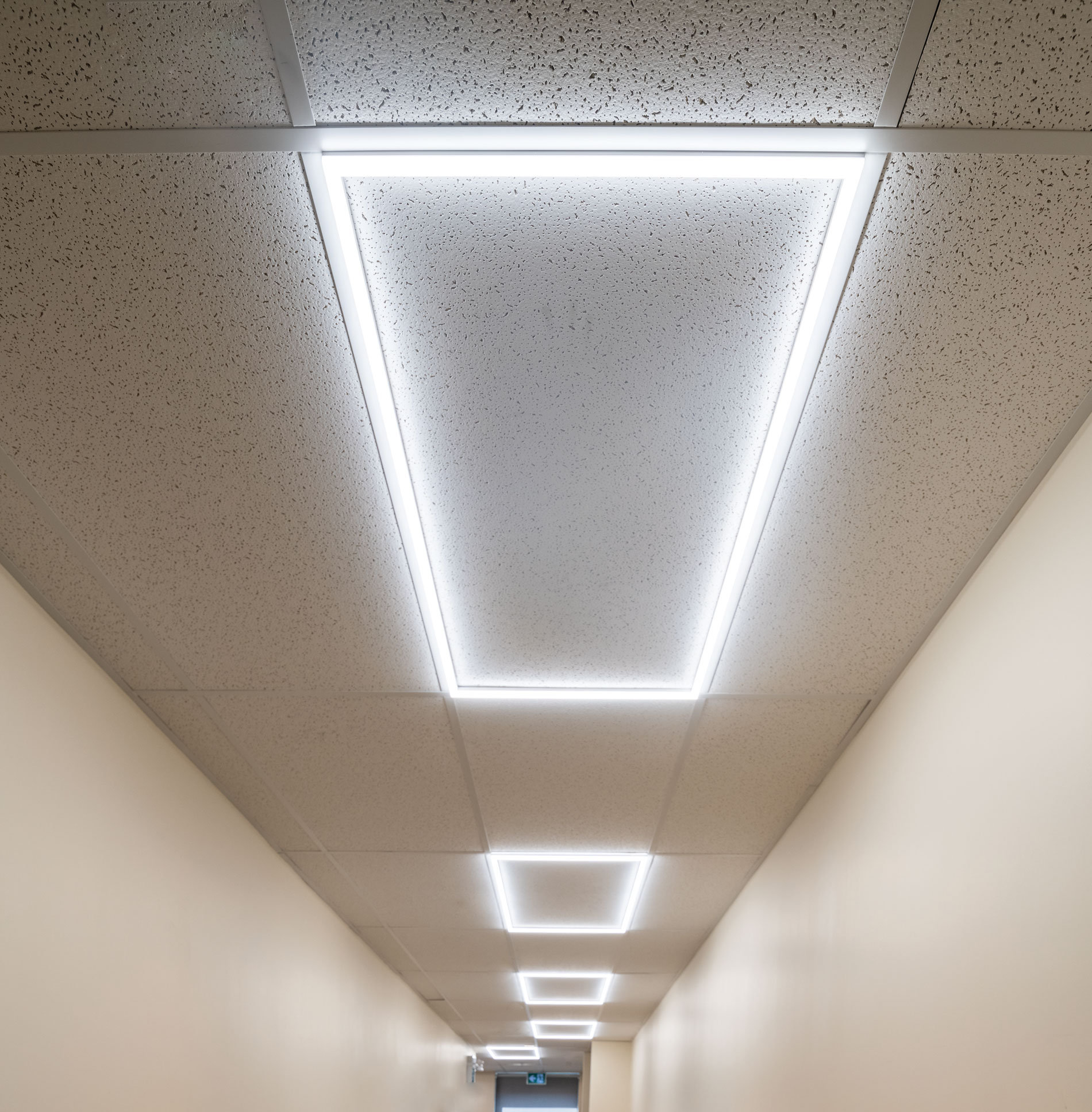 2 x 4 edge lit led panel by national specialty lighting tle 2x4 55 30