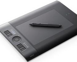 Wacom Intuos 4 Wireless: una tavoletta grafica perfetta per essere produttivi anche in movimento