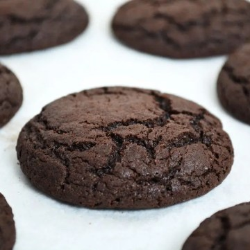 Mocha Cookies are soft and chewy cookies, rich with chocolate with a strong hit of coffee.These cookies are irresistibly smooth and taste just like the perfect mochaccino!