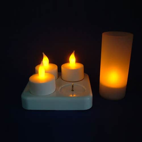 Glit-a-Candle 4 re-chargeable Tea Light Candles & plastic jars