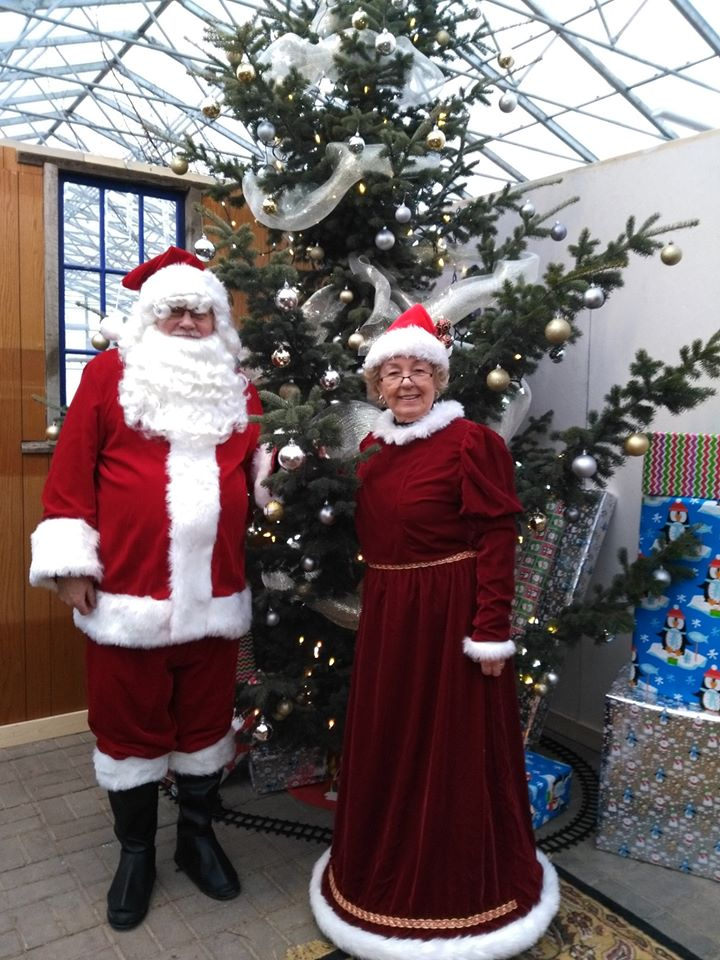 Mr and Mrs Claus 2019