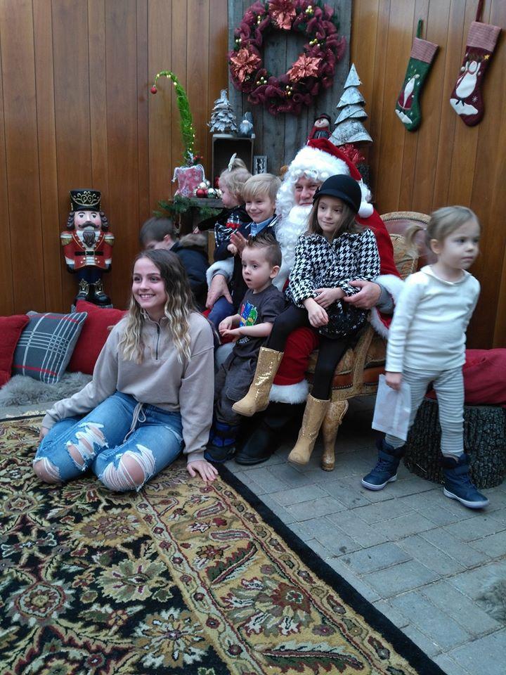 Santa & kids Christmas Grotto 2019