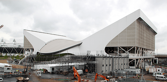 Site JO London 2012, centre aquatique, Zaha Hadid Architects, Photo : Vincent Laganier