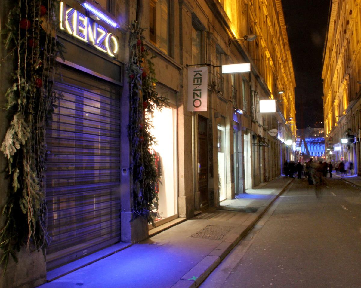Inauguration-4-décembre-2013---Démonstrateur-éclairage-commerce,-rue-ancienne-Préfecture,-Lyon,-France---Photo1-Vincent-Laganier--