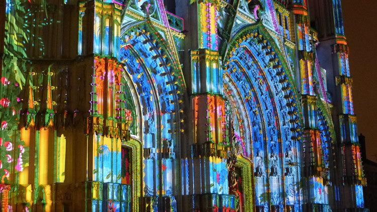 5- Son et lumiere - Illumi Nantes - Facade de la Cathedrale - Peinture Yann Thomas - Images Spectaculaires © Vincent Laganier
