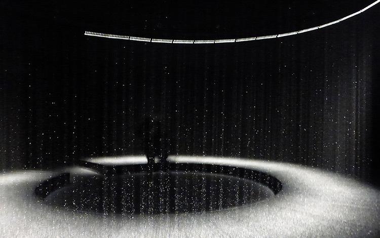 DGT, Lumière dans l'eau, 2015 - Elephant Paname, Paris, France - Photo : Vincent Laganier