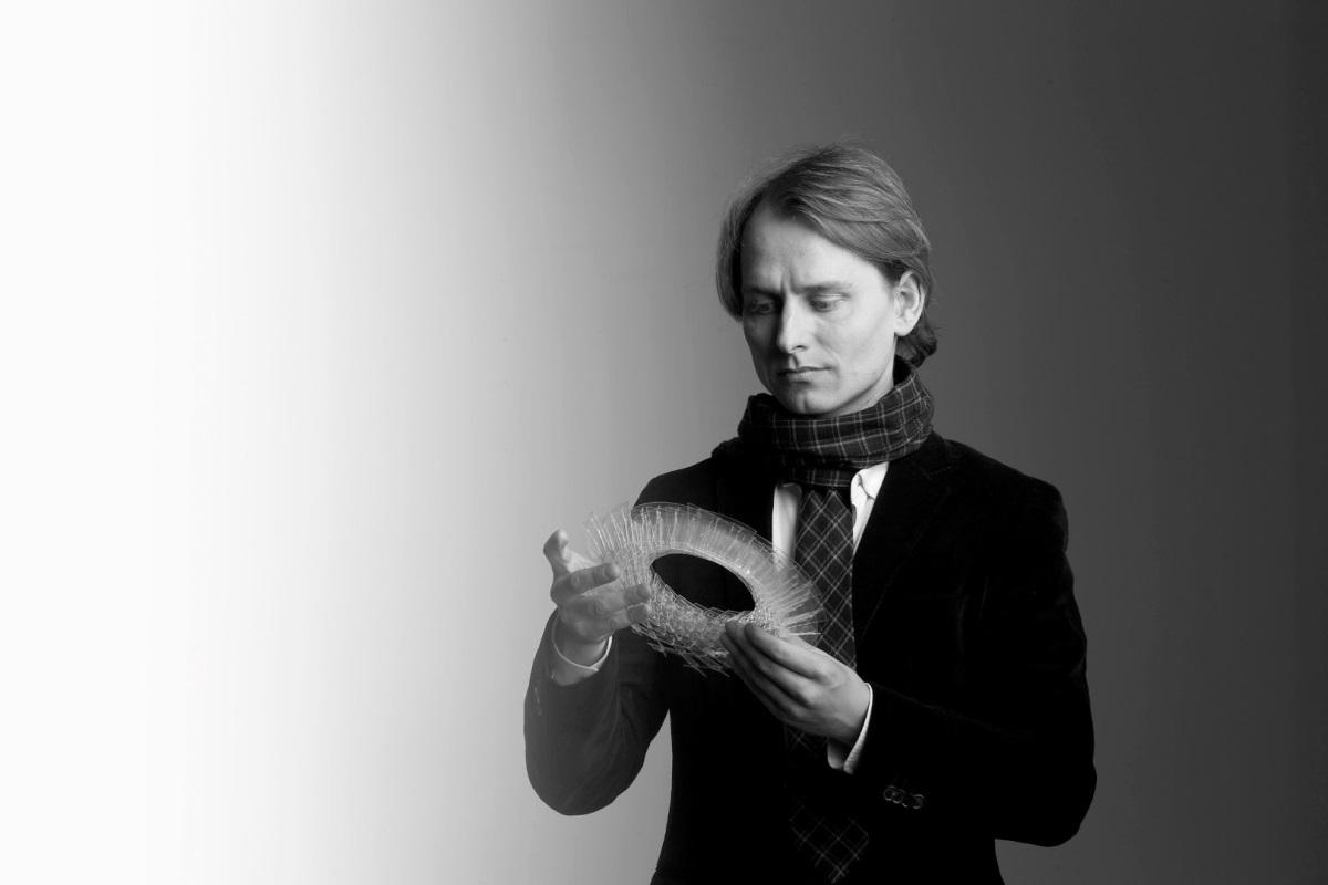 Oivind Slaato, designer - Photo : Louis Poulsen
