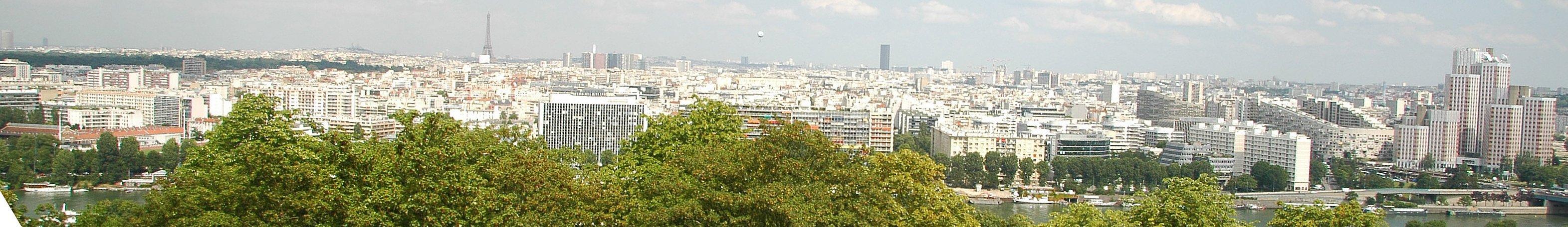 Vue de l'agglomération parisienne depuis la Lanterne (balcon) du Parc de Saint-Cloud, en surplomb de la Seine - Photo : Wikipédia