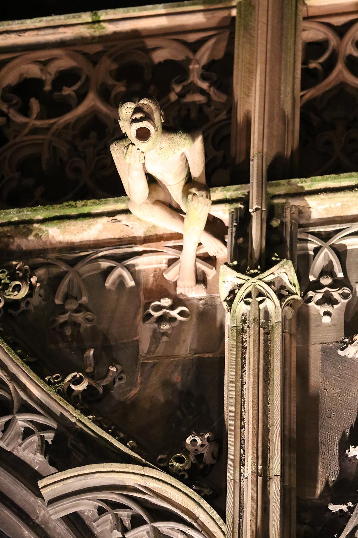 Détail du portail Saint-Laurent, Cathédrale de Strasbourg, France - test et essai d'éclairage avec L'Acte Lumière et Citeos - 10 février 2016 - Photo : Vincent Laganier