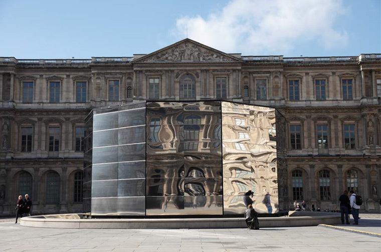 Eva Jospin - Panorama, cours carrée du Louvre, Paris © Eva-Jospin - Architecture Outsign - Courtesy Noirmontartproduction - Musée du Louvre - Antoine Mongodin
