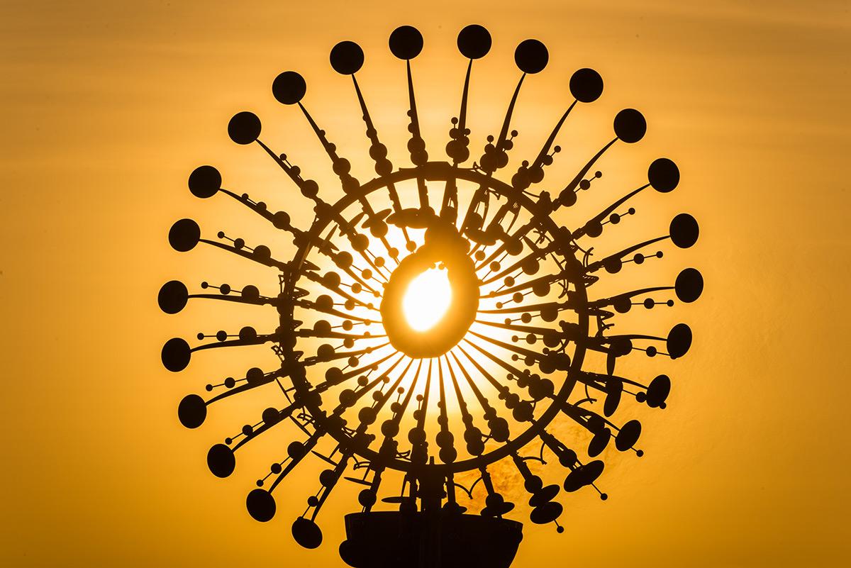 Jeux Olympiques de Rio 2016, Brésil - 2ème chaudron de la flamme olympique, place Candelaria, centre ville, Rio de Janeiro - Sculpture : Anthony Howe - Photo : Alex Ferro