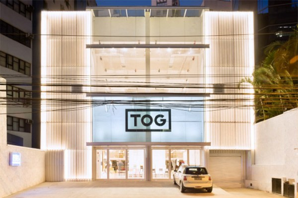 TOG - Philippe Starck, Sao Paulo, Bresil - Architecte : Triptyque - Magasins Mention Exterieur - Prix Versailles 2016 - Photo : Ricardo Bassetti