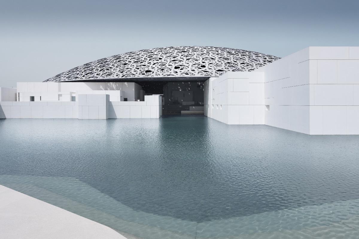 Extérieur du musée du Louvre Abu Dhabi et sa coupole - Architectes : Jean Nouvel et Hala Warde