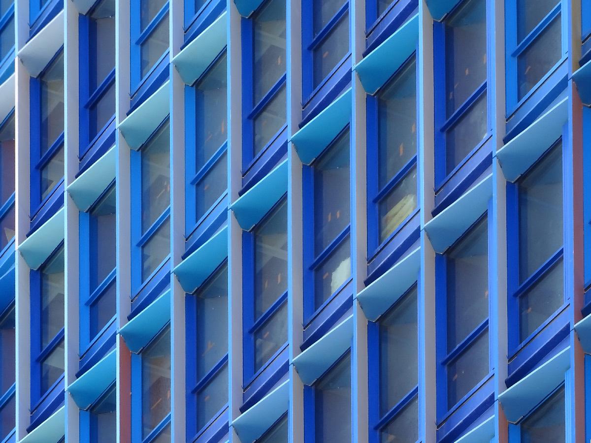 La Marseillaise, tour de bureaux, Marseille, France - Constructa Urban System - Ateliers Jean Nouvel - façades en construction © Vincent Laganier
