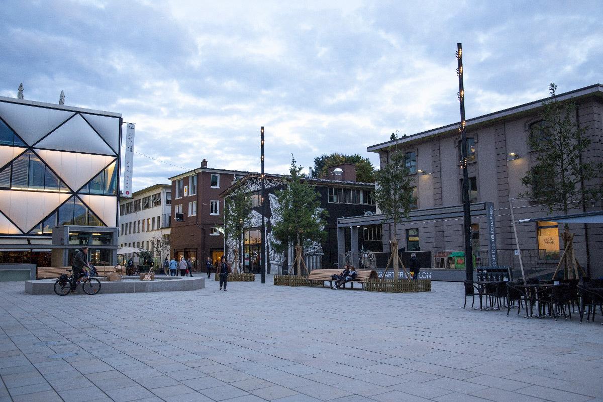 Esplanade du Flon, Lausanne, Suisse - Architectes : Atelier Descombes Rampini