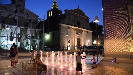 Place Louis Rey, Lunel, France - Architecte urbaniste : Lebunetel + Associes - Concepteur lumière : ECL Studio - Dampere - Graphiste : Eric Pol Simon © Ville de Lunel