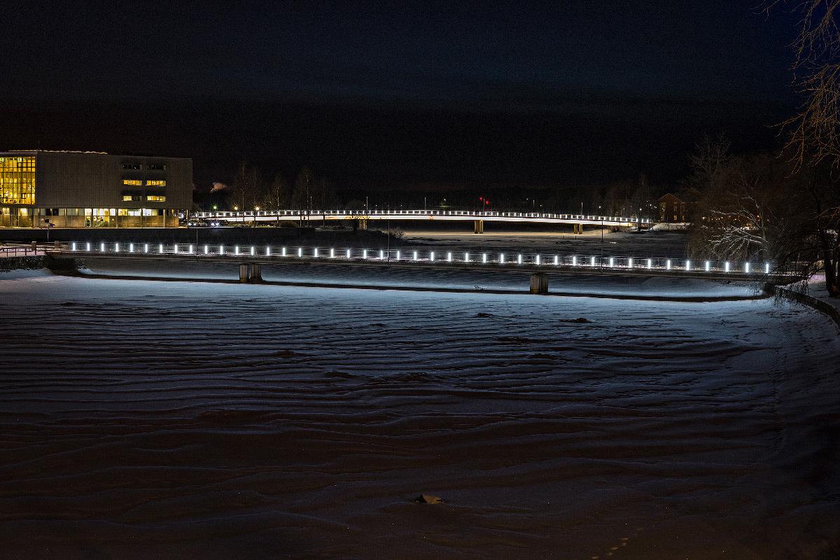 Lumière nordique, pont Pikisaari, Oulu, Finlande - Concepteur lumière : Valoa © Henri Luoma