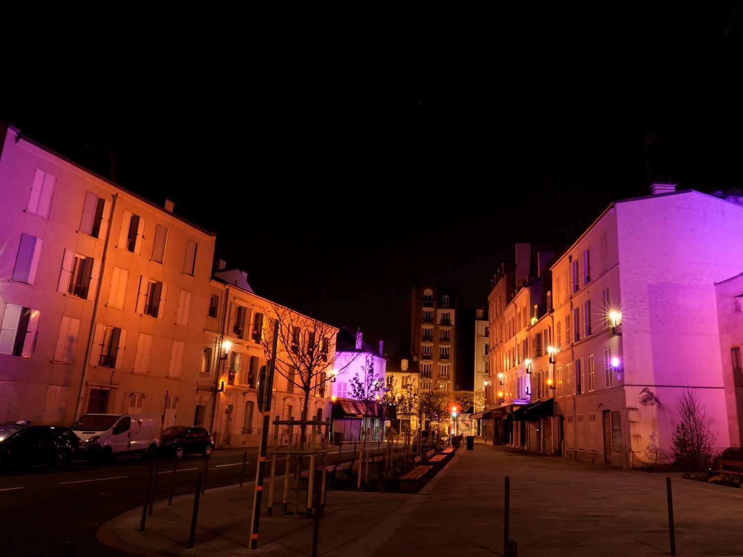 Place Berault, Vincennes, France - Concepteur lumière : Charles Vicarini, Studio Vicarini © Vicarini