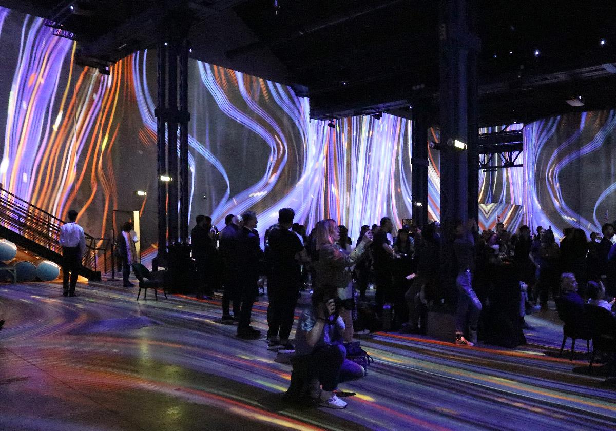 Journey, Immersive Digital Art Festival Paris 2019, Atelier des Lumières - Créateur vidéo : Nohlab © Vincent Laganier
