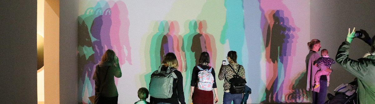 Your uncertain shadow (colour), Olafur Eliasson, 2010 - Ton ombre incertaine © Vincent Laganier