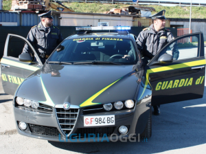 Guardia di Finanza sequestra sigarette